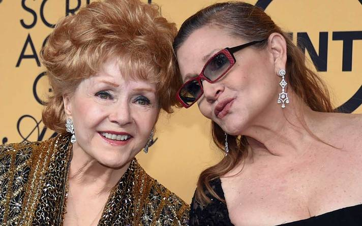 debbie-reynolds-carrie-fisher-ftr.jpg